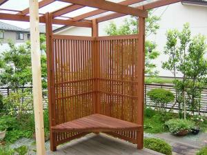 デッキ用コーナー目隠しフェンス(ベンチ付き)